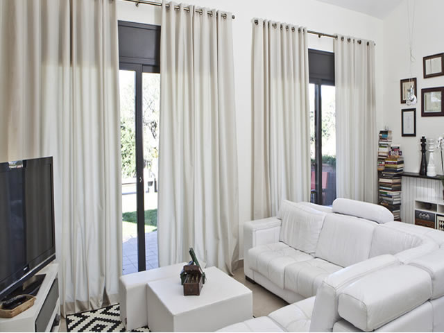 cortina translucida branca