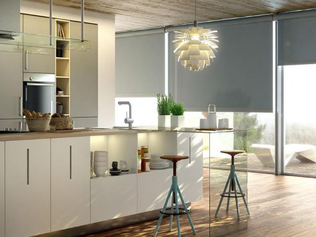 Cortina Rolô Blackout cozinha integrada